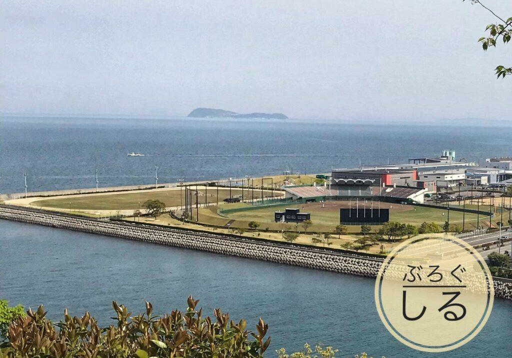 川之江城からの眺め(野球場が見える)