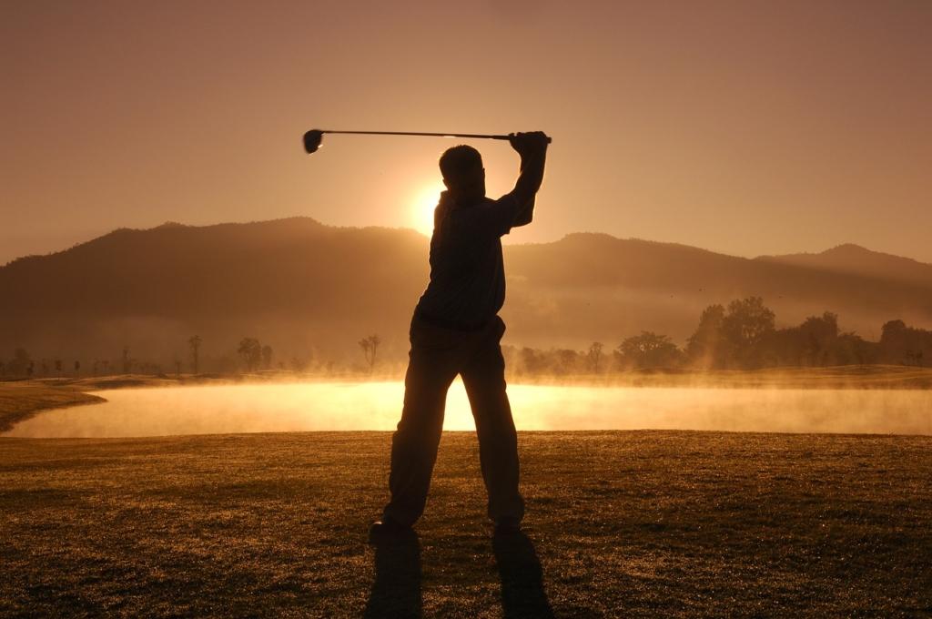 Notice Golf Thailand Game Play  - tourmandarin / Pixabay